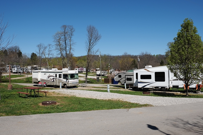 Jellystone Mammoth Cave Campground Review Boxy Colonial