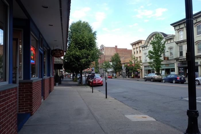 downtown saugerties, ny