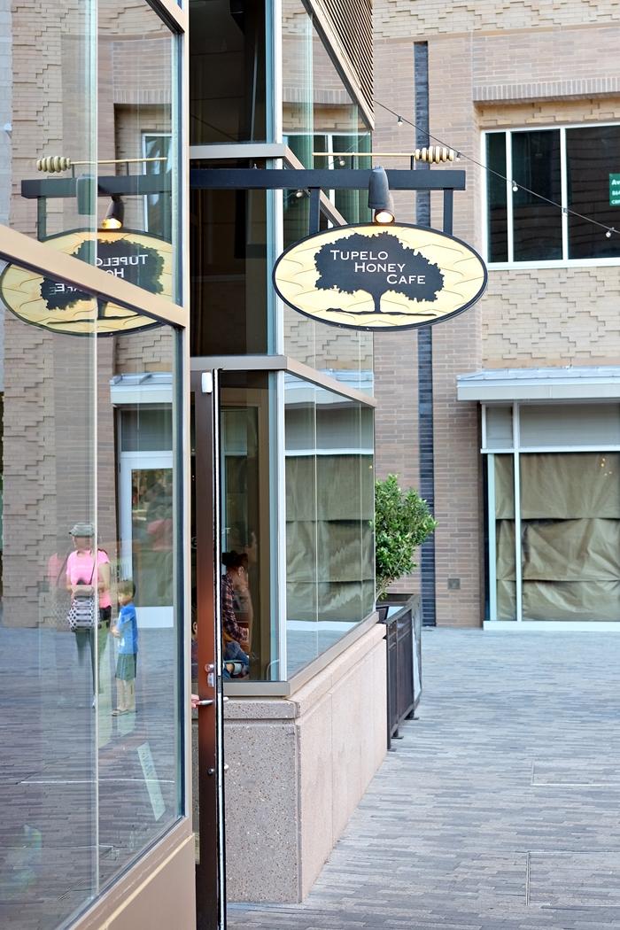 tupelo honey cafe in Greenville, SC